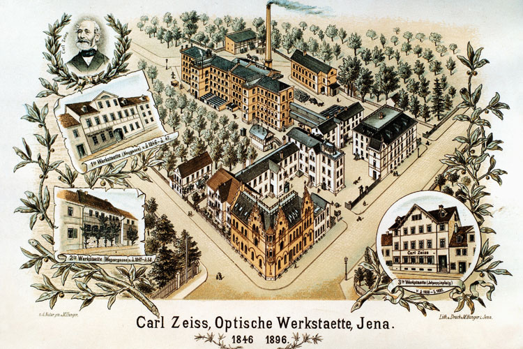 The company experienced a period of dynamic growth at the beginning of the 1880s – but the workshop on Johannisplatz square was too small to cope. This prompted Carl Zeiss to purchase plots of land on Littergässchen lane, where he built a new home in 1880. On the plot of land behind it he built a new facility to accommodate his now larger workforce. Little by little, this became the Zeiss headquarters, which also expanded into the original living quarters in 1898. The site was repurposed after German reunification in 1991. Today, it houses the Jena University campus and a shopping mall. Following the company founder's death, Littergässchen lane was renamed Carl-Zeiß-Strasse street. <br />(Photo: Postcard created to coincide with the anniversary in 1896, it shows the main site at the time and the three former workshops; sketched by Max Hunger, ZEISS Archives)