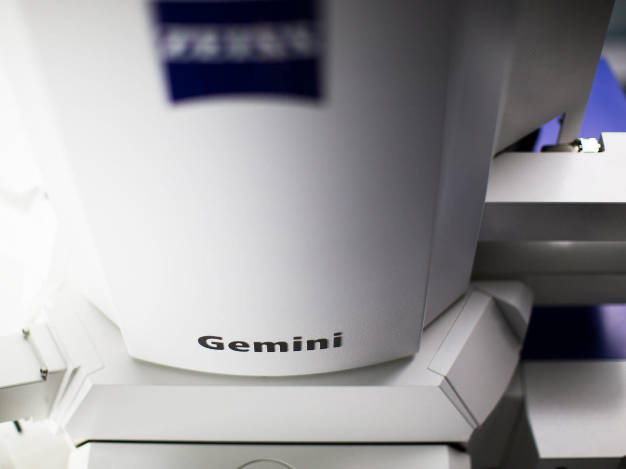 ZEISS Crossbeam with Gemini Optics