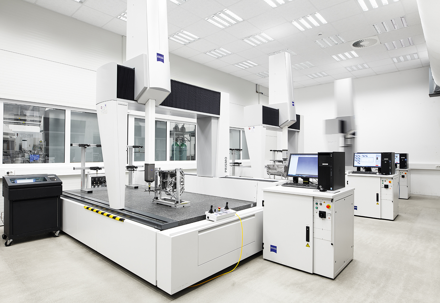 Zeiss Bridge Type Cmms Fast And Precise