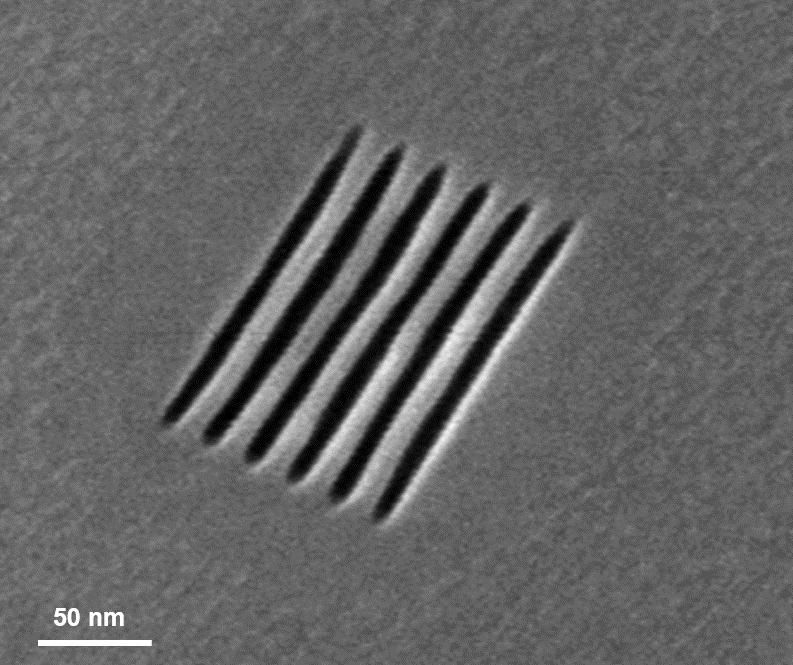 High precision helium ion beam induced etching with XeF2